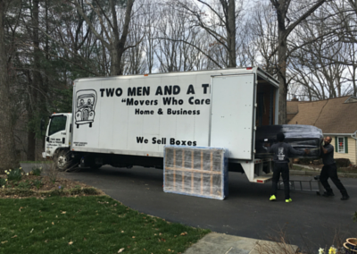 """""""Movers Who Care"""" Help Two Families in Need"""
